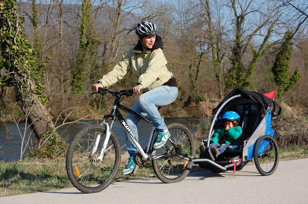 Balades à Vélo Sur Les Berges De La Garonne HO VIVES Sports De - Vélo porte bébé